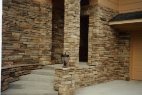 interior-exterior-decoration-ideas-awesome-stone-veneer-for-home-entryways-with-concrete-stair-and-black-iron-antique-lamp-charming-pictures-for-stone-veneer-as-your-interior-design-ideas