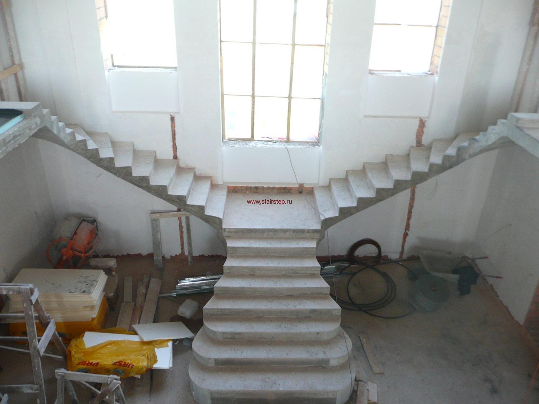 Профессиональный мастер по строительству и установке лестниц и тд работа москва