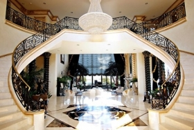 the-grand-foyer
