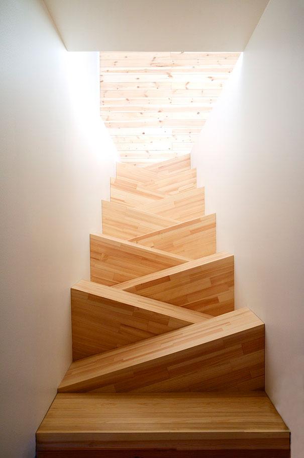 Интересная и смелая задумка лестницы